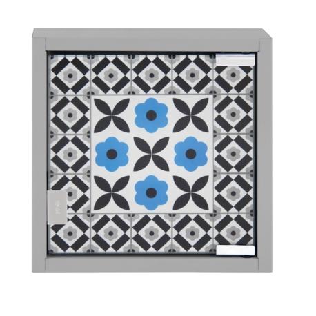 armoire cl s carreaux de ciment bleu. Black Bedroom Furniture Sets. Home Design Ideas